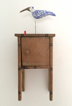 Tamar Rubinstein, Birdhouse in red light district, Gemengde techniek, 11x9x27 cm, €.125,-
